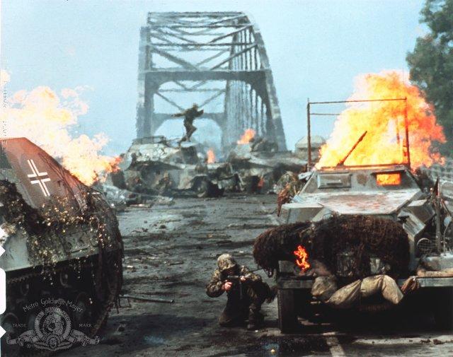 uma-ponte-longe-demais-4